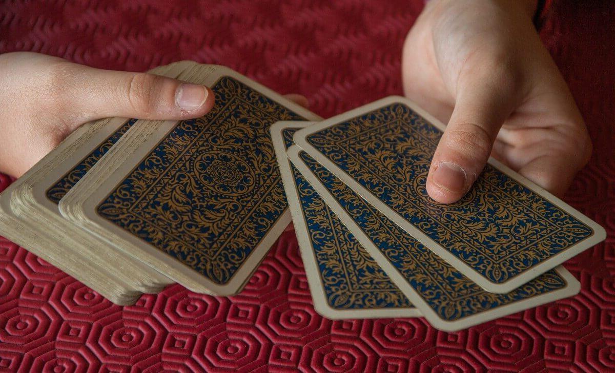 apprendre tarot de marseille pdf apprendre le tarot en 30 minutes comment interpreter le tarot de marseille apprendre tirer les cartes débuter tarot de marseille tarot grimaud marseille apprendre le tarot de marseille